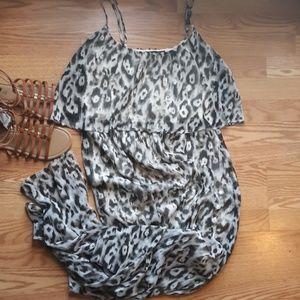 Super cute Maurcies Maxi Dress
